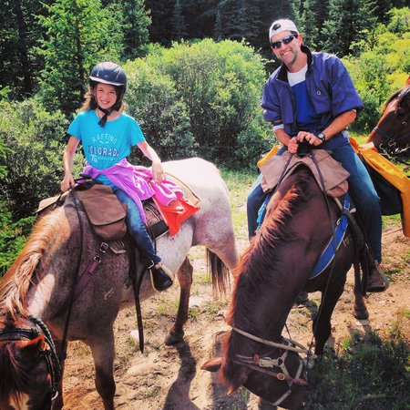 Tumbling River Ranch: Out on the trail