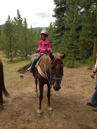 Tumbling River Ranch: Trail ride