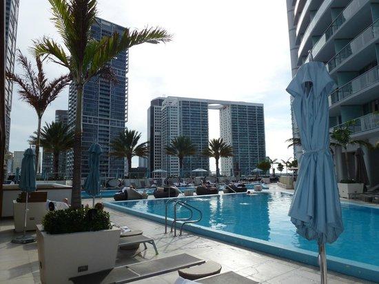 Kimpton EPIC Hotel: La piscina dell'hotel Epic