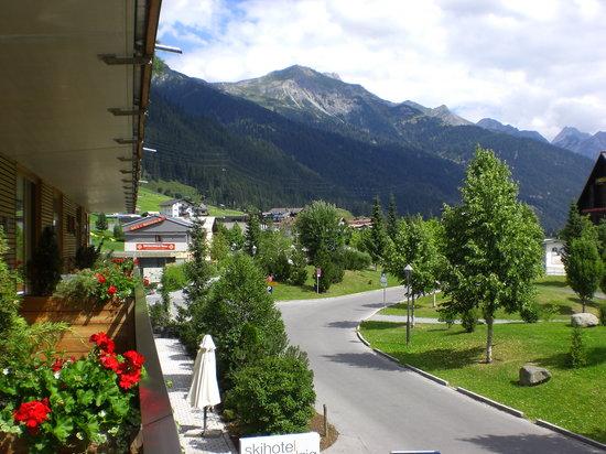 Skihotel Galzig: Blick vom Balkon