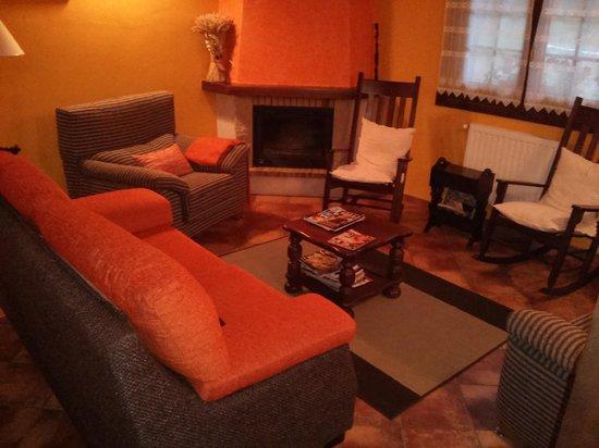 Hotel Rural El Texu: zona común