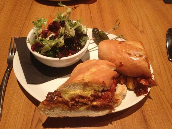 The Noble Pig Brewhouse : The Cubano