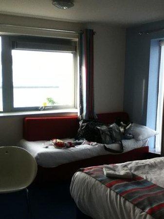 Travelodge Cardiff Atlantic Wharf: plenty of space