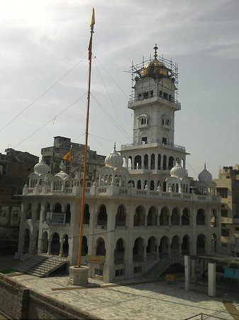 Gurudwara Guru Ka Mahal : Gurdwara Guru Ka Mahal, Amritsar, ( punjab)- Minhas.