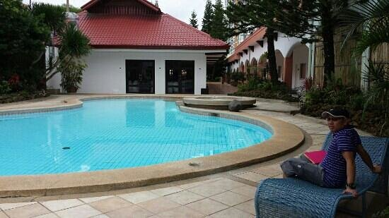 Swimming pool of the resort picture of tagaytay country hotel tagaytay tripadvisor for Tagaytay resort with swimming pool
