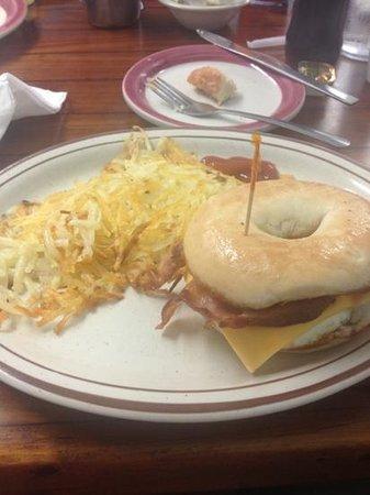 Cortez Cafe: breakfast bagel sandwich & homefies