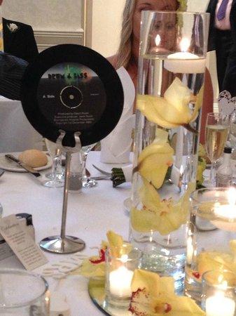 Lismoyne Hotel: table decs
