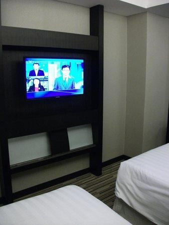 Casa Deluxe Hotel: TV