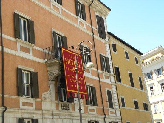 Antico Palazzo Rospigliosi : Faixada do Hotel