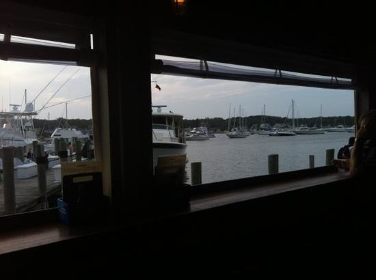 Nancy's Restaurant: view from the oyster bar
