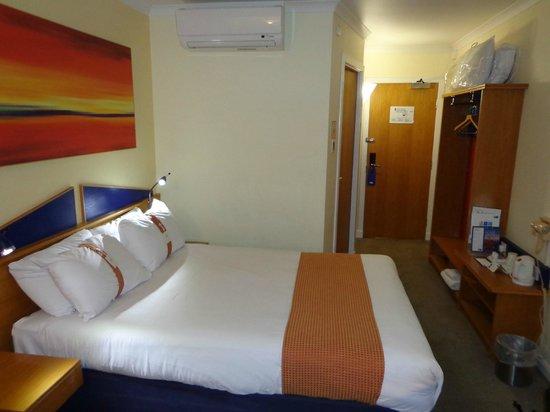 Holiday Inn Express Stirling: Standard room