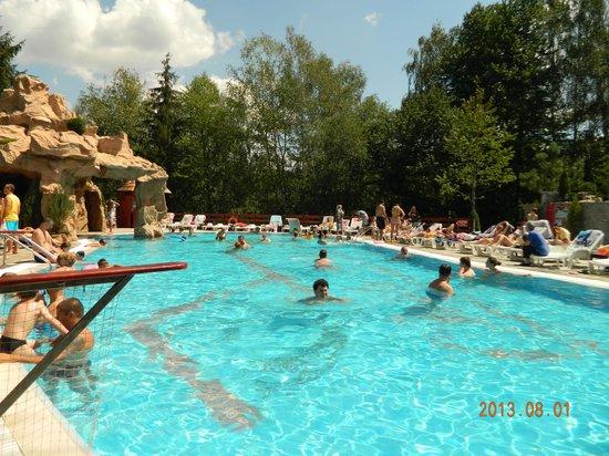 Club vila bran bewertungen fotos preisvergleich for Swimming pool preisvergleich