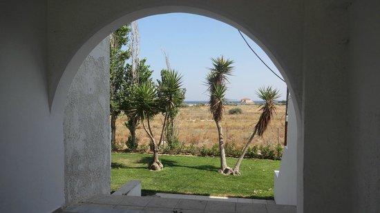 Sunny View Hotel: Mare visto dall'albergo