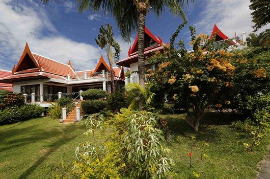 Royal Living Residence, : GIARDINO E VILLETTE