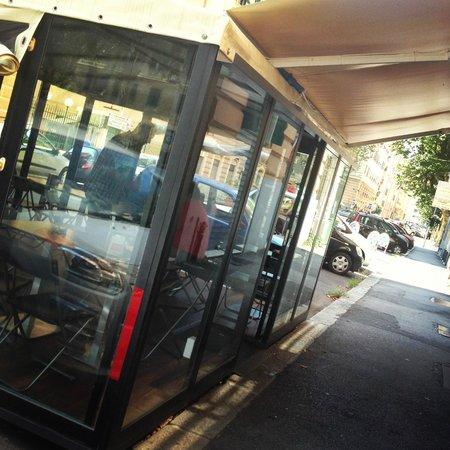 Poldo's - Caffetteria & Vineria: Dehor