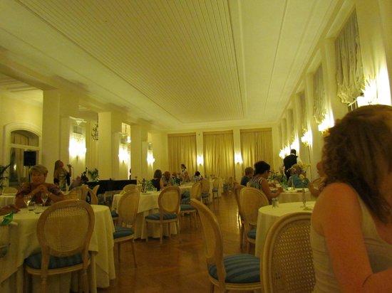Europa Palace Grand Hotel: eetzaal