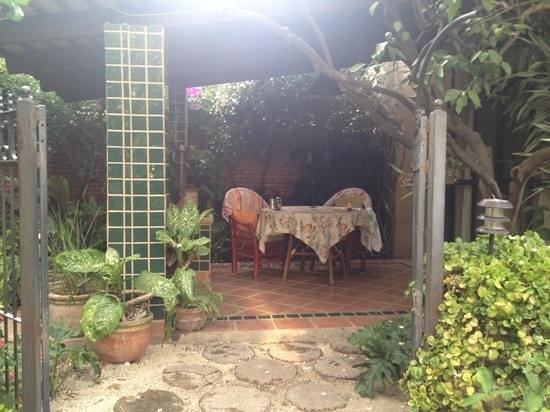 """Casa Flores: terraza cuarto """"África"""""""