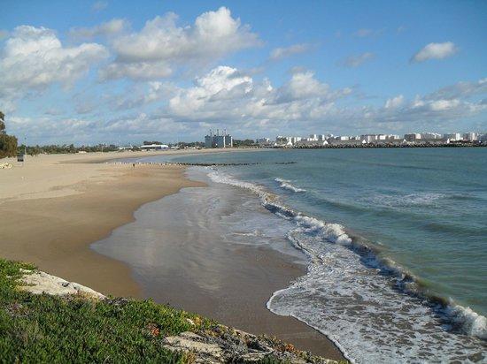 Monasterio De San Miguel Hotel: Beach