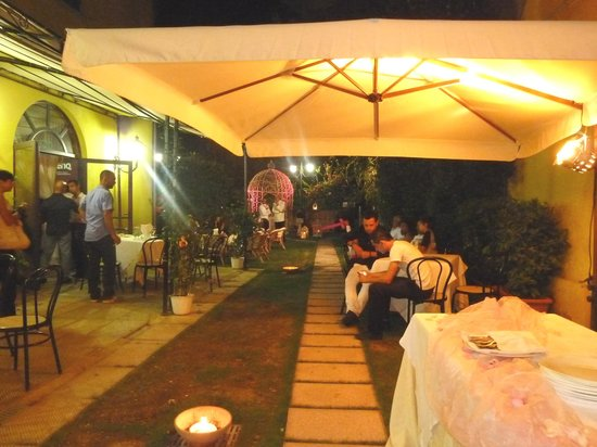 Villa Sonnino: uno dei giardini
