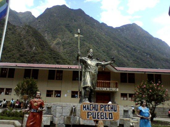 Sacred Valley of the Incas: Aguas Calientes