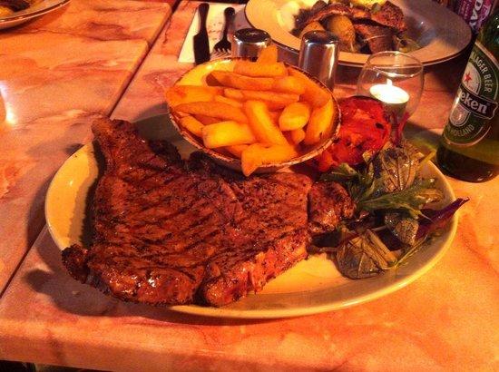 Lucia Wine Bar & Grill: 16oz t-bone
