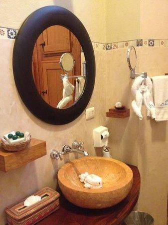 Hotel Casa San Angel: nuestro hermoso baño