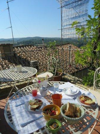 Le Terrazze del Chianti Bed & Breakfast: Breakfast view!