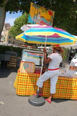 Carpentras market : L'attesa.