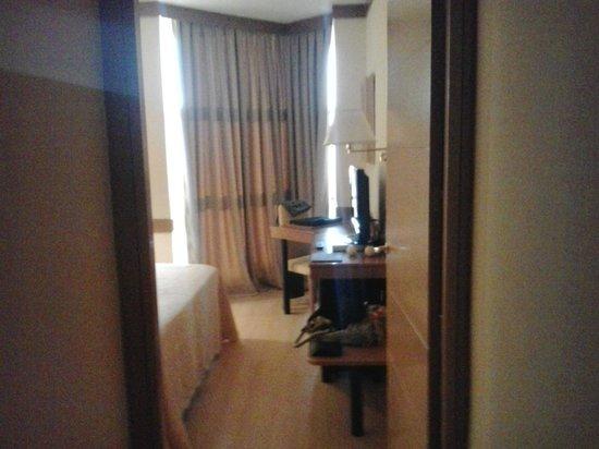 Los Arcos Hotel: Entrada