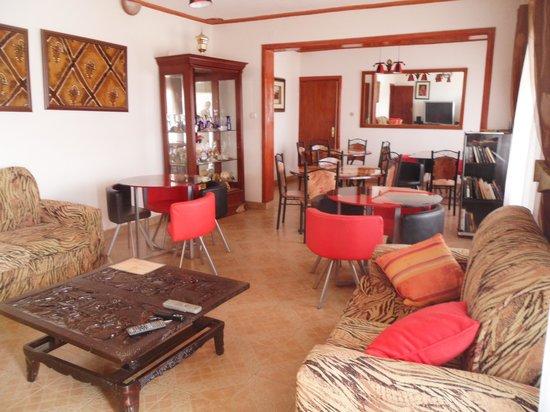 Mubwiza Courts: la salle à manger