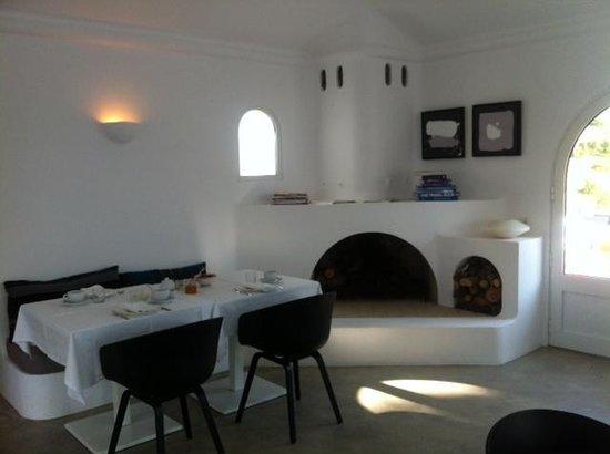 Casa Arte: breakfast room