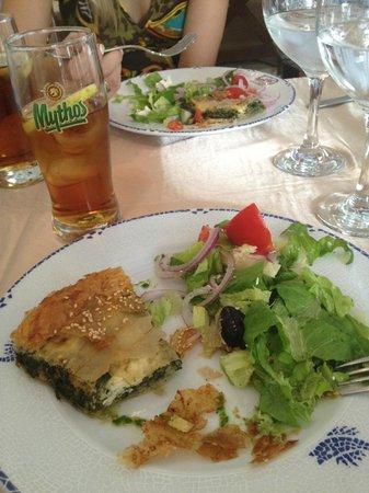 Delfos: Greek salad