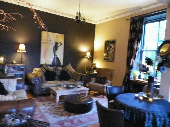Yann's at Glenearn House: the lounge