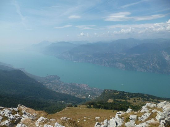 Camping Du Parc: The view from the top of Malcesine Monte Baldo