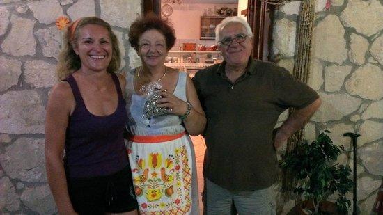 Eklekton Taverna: I simpaticissimi proprietari Anna, Irina e Giorgio
