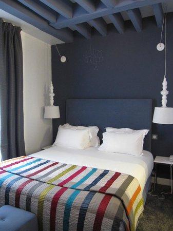 MARAIS HOme Hotel: room 203