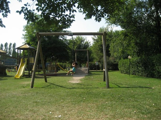 Isamar Holiday Village: i giocchi all'aperto