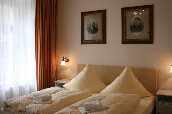 Alt Goerlitz: Zimmer