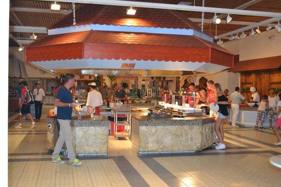 Lyttos Beach Hotel : salle buffet