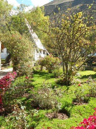 Hostal Samana Wasi: Centro de meditación y jardín