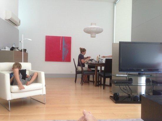 Bom Sucesso Resort : Une partie du salon