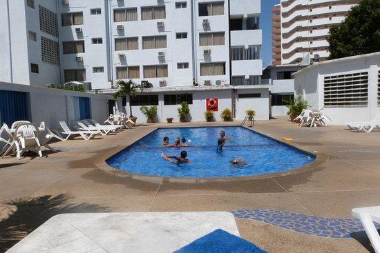 Imperial Hotel: desde la piscina