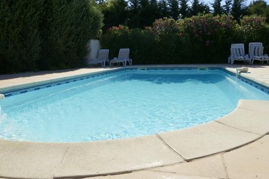 Domaine de l'Aufrene : Pool