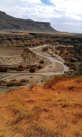 High Desert Lodge : Glen Canyon is just footsteps away