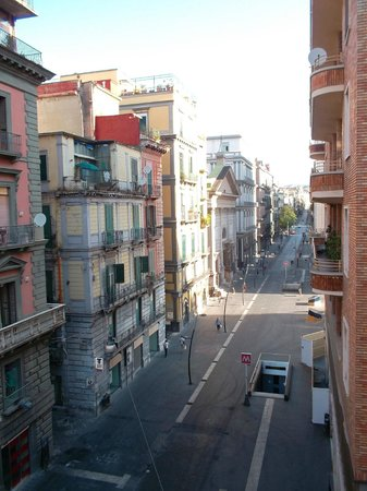 Hotel Principe Napolit'amo : Un hotel urbano cerca de todo lo típico de Nápoles