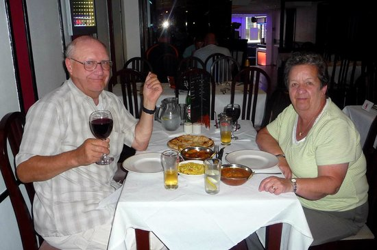 Shiraz Indian Cuisine: Dining for two.
