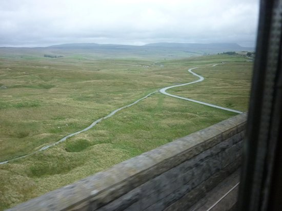 Settle Carlisle Railway: from the viaduct1