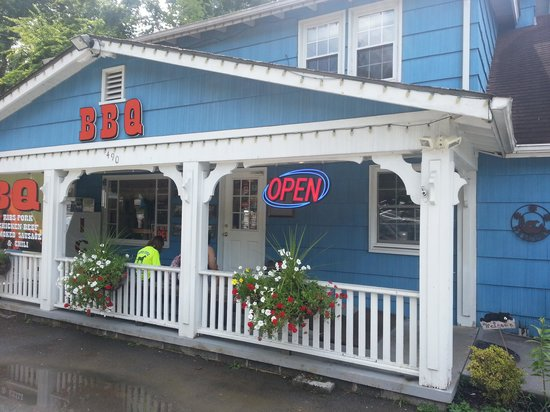 Hungry Bear BBQ # 1: Cute little place