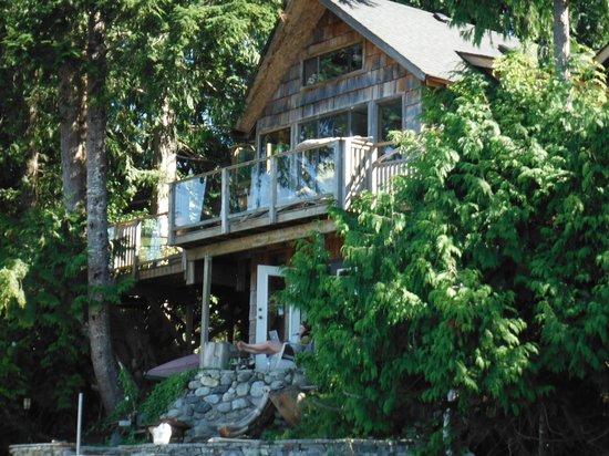 Heron House: Main Cabin