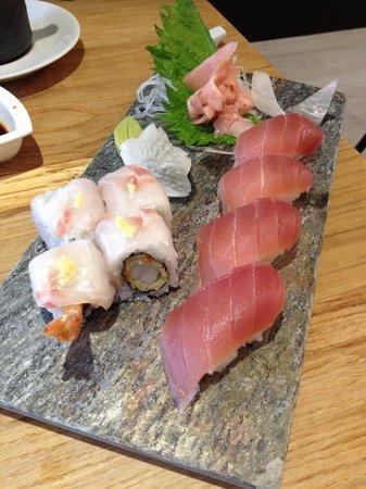 KIBOUsushi : Tuna Plate